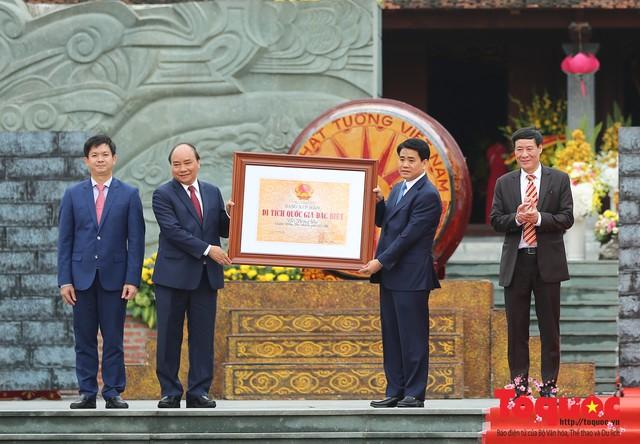 Thủ tướng Nguyễn Xuân Phúc trao Bằng xếp hạng Di tích Quốc gia đặc biệt gò Đống Đa - Ảnh 6.