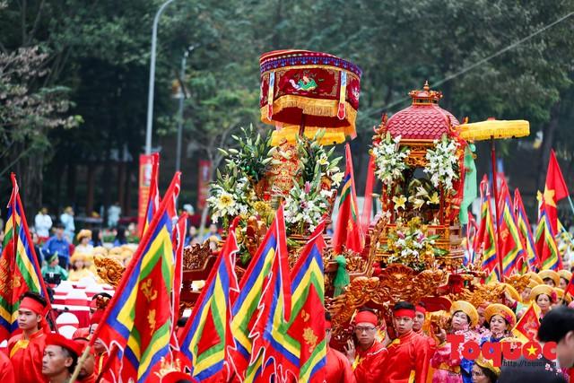 Thủ tướng Nguyễn Xuân Phúc trao Bằng xếp hạng Di tích Quốc gia đặc biệt gò Đống Đa - Ảnh 9.
