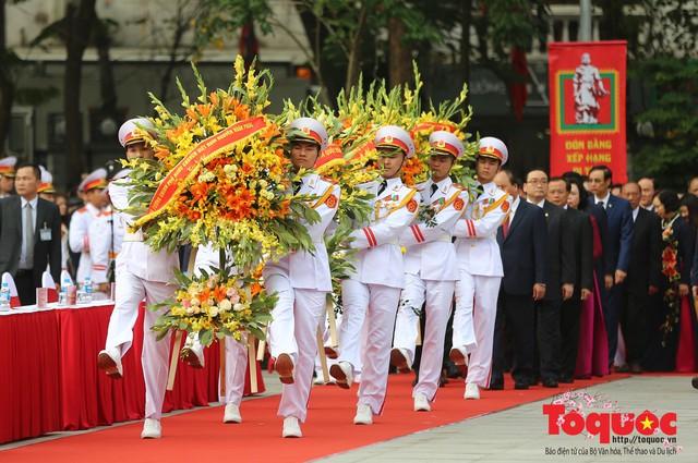 Thủ tướng Nguyễn Xuân Phúc trao Bằng xếp hạng Di tích Quốc gia đặc biệt gò Đống Đa - Ảnh 2.