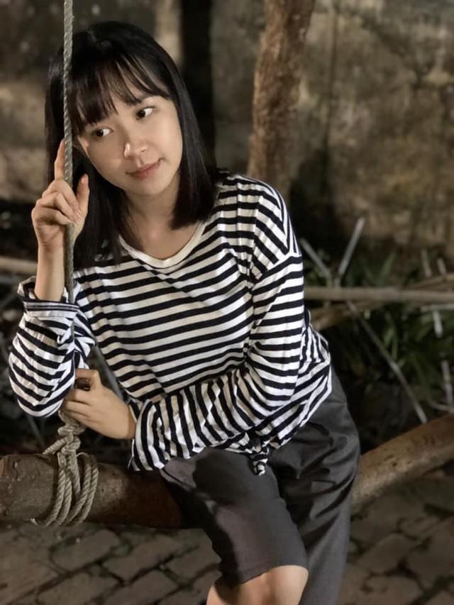 Vẻ đẹp trong sáng của cô gái chinh phục được Công Lý ở phim Những cô gái trong thành phố - Ảnh 6.
