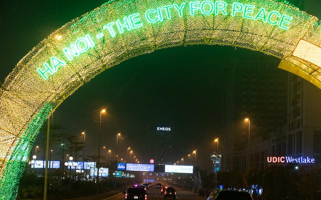Nụ cười Việt Nam tỏa nắng trong loạt ảnh của phóng viên Nhà Trắng - Ảnh 2.