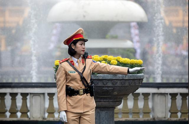 Nụ cười Việt Nam tỏa nắng trong loạt ảnh của phóng viên Nhà Trắng - Ảnh 8.