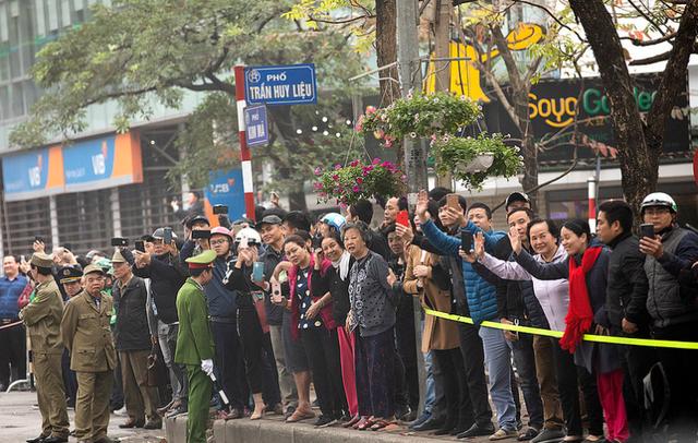 Nụ cười Việt Nam tỏa nắng trong loạt ảnh của phóng viên Nhà Trắng - Ảnh 9.