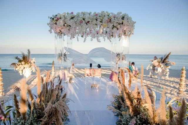 Cận cảnh đám cưới đậm sắc màu cổ tích của cặp đôi tỷ phú Ấn Độ tại Phú Quốc - Ảnh 2.