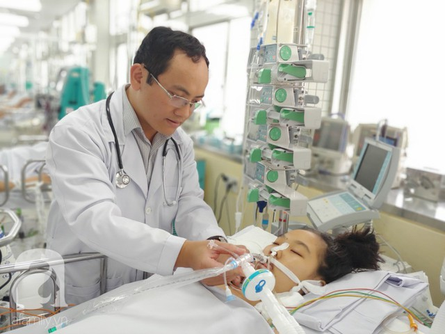 Sản phụ ngưng tim nguy kịch lúc lâm bồn, chồng nghẹn ngào tìm 400 triệu mong cứu vợ về nhìn mặt con đầu lòng - Ảnh 3.