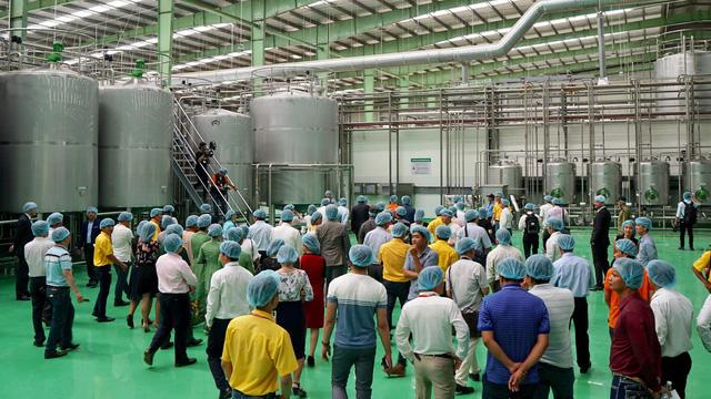 Tân Hiệp Phát khánh thành nhà máy nước giải khát lớn nhất ĐBSCL với tổng vốn đầu tư 4.000 tỷ đồng - Ảnh 1.