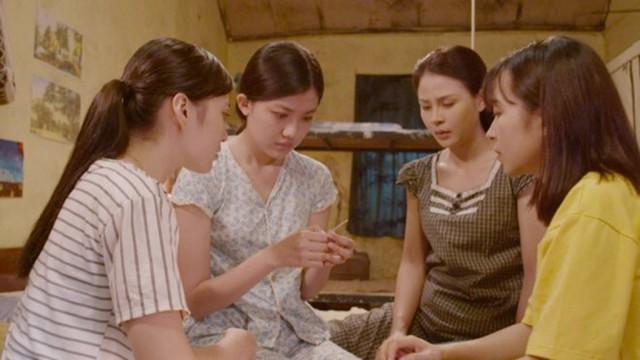 """Báo điện tử Tổ Quốc giao lưu với bốn diễn viên trong phim """"Những cô gái trong thành phố"""" - Ảnh 1."""