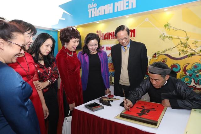 Thủ tướng Nguyễn Xuân Phúc đánh trống Khai mạc Hội báo toàn quốc năm 2019 - Ảnh 14.