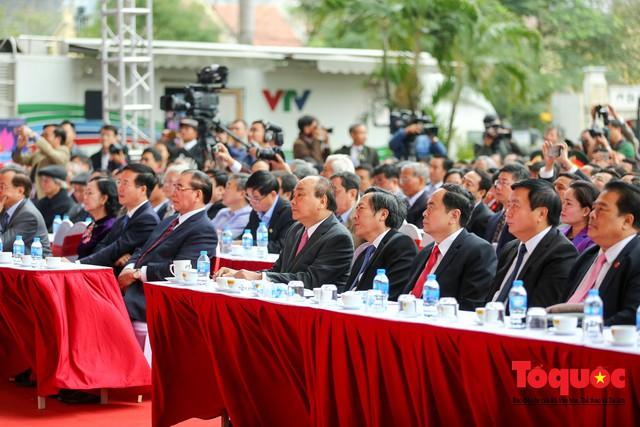 Thủ tướng Nguyễn Xuân Phúc đánh trống Khai mạc Hội báo toàn quốc năm 2019 - Ảnh 2.