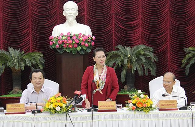 Chủ tịch Quốc hội Nguyễn Thị Kim Ngân:  Bình Thuận cần tiếp tục vươn lên đạt nhóm khá trong cả nước về thu hút đầu tư - Ảnh 1.