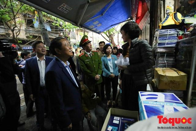 Kiểm tra PCCC phố cổ Hà Nội: An toàn cháy nổ ở mức báo động - Ảnh 10.