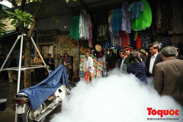 Kiểm tra PCCC phố cổ Hà Nội: An toàn cháy nổ ở mức báo động - Ảnh 7.