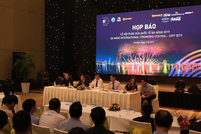 Lễ hội pháo hoa quốc tế Đà Nẵng năm 2019 kéo dài hơn một tháng - Ảnh 1.