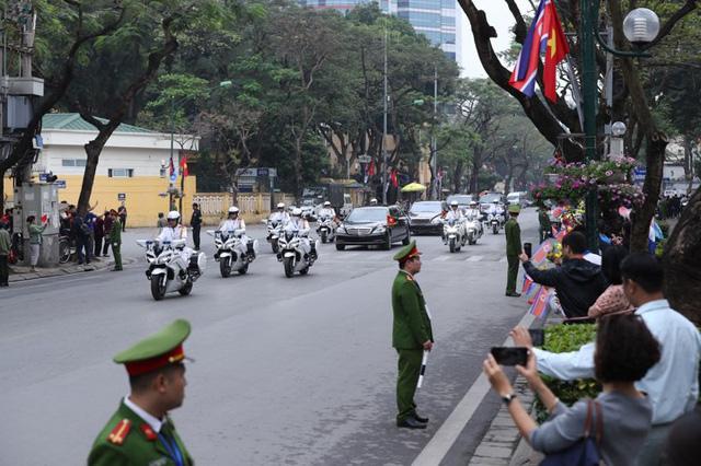Chủ tịch Triều Tiên Kim Jong-un viếng lăng Chủ tịch Hồ Chí Minh - Ảnh 7.