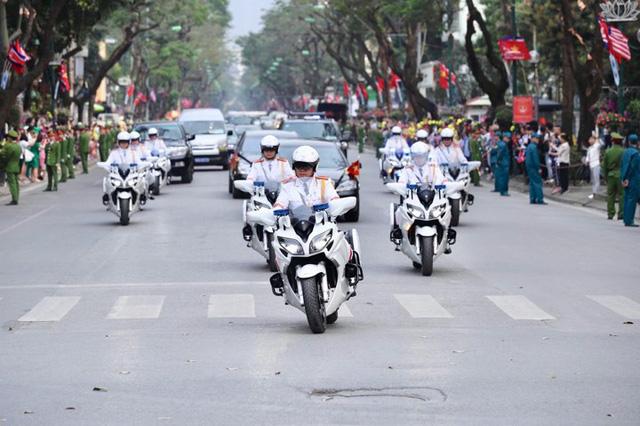 Chủ tịch Triều Tiên Kim Jong-un viếng lăng Chủ tịch Hồ Chí Minh - Ảnh 9.