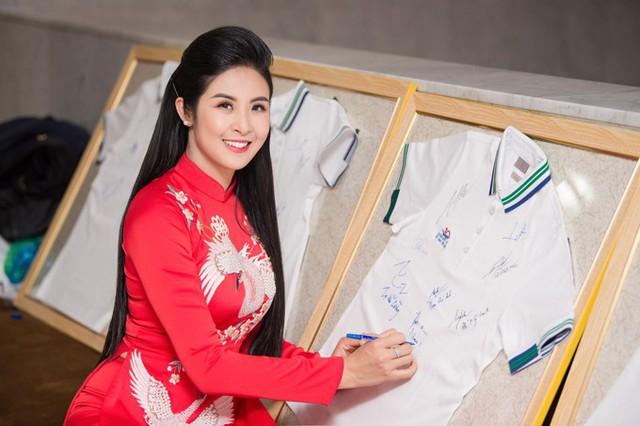Hoa hậu Ngọc Hân, Đỗ Mỹ Linh mừng HHen Niê là Gương mặt tiêu biểu 2018 - Ảnh 7.