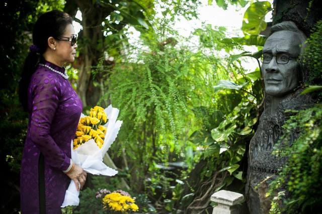 Khánh Ly - Tùng Dương cùng ngân nga cõi Trịnh  - Ảnh 1.