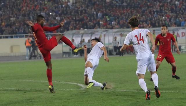 Việt Hưng tỏa sáng, U23 Việt Nam thắng sát nút U23 Indonesia - Ảnh 1.