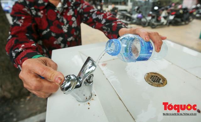 Cây nước sạch miễn phí ở Hà Nội - Ảnh 11.
