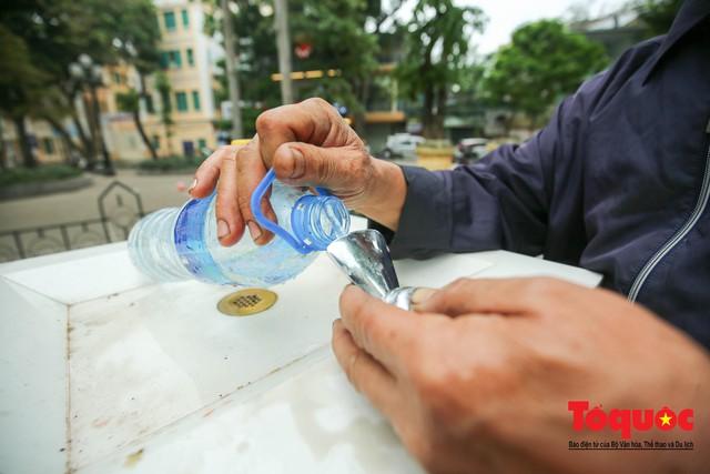 Cây nước sạch miễn phí ở Hà Nội - Ảnh 2.