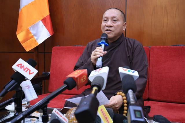 Hội đồng Trị sự Giáo hội Phật giáo Việt Nam: Đề xuất tạm đình chỉ các chức vụ của trụ trì chùa Ba Vàng - Ảnh 1.