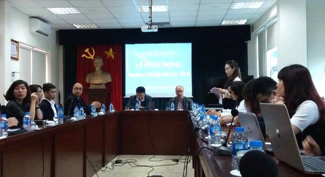 Việt Nam hôm nay trong mắt những nhiếp ảnh trẻ - Ảnh 1.