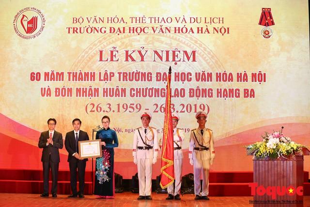 Trường Đại học Văn hóa Hà Nội kỷ niệm 60 năm ngày thành lập và đón nhận Huân chương Lao động hạng Ba - Ảnh 6.