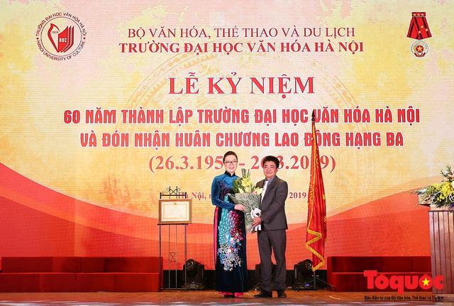 Trường Đại học Văn hóa Hà Nội kỷ niệm 60 năm ngày thành lập và đón nhận Huân chương Lao động hạng Ba - Ảnh 8.