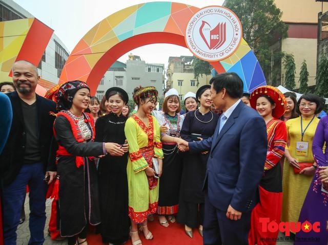 Trường Đại học Văn hóa Hà Nội kỷ niệm 60 năm ngày thành lập và đón nhận Huân chương Lao động hạng Ba - Ảnh 14.
