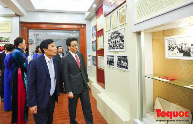 Trường Đại học Văn hóa Hà Nội kỷ niệm 60 năm ngày thành lập và đón nhận Huân chương Lao động hạng Ba - Ảnh 12.