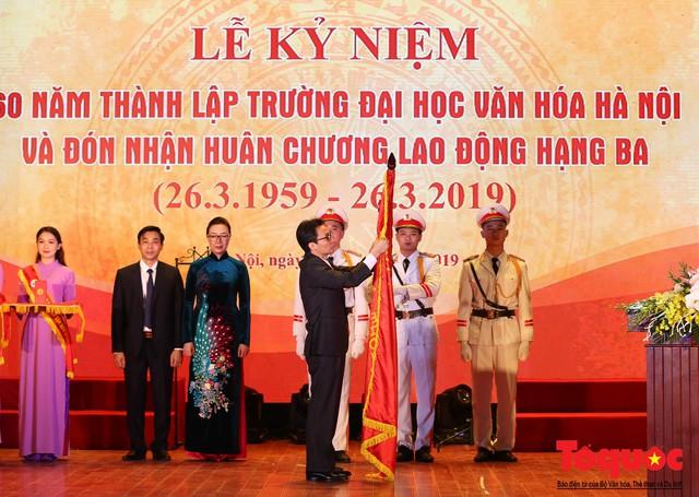 Trường Đại học Văn hóa Hà Nội kỷ niệm 60 năm ngày thành lập và đón nhận Huân chương Lao động hạng Ba - Ảnh 5.