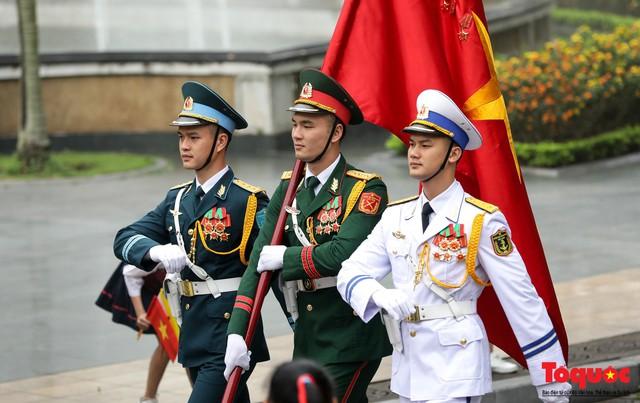 Tổng Bí thư, Chủ tịch nước Nguyễn Phú Trọng chủ trì Lễ đón chính thức Quốc vương Brunei thăm cấp Nhà nước tới Việt Nam - Ảnh 3.