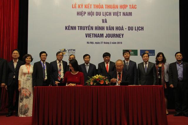 Hiệp Hội Du lịch Việt Namký kết thỏa thuận với Kênh Truyền hình Đài Tiếng nói Việt Nam - Ảnh 1.