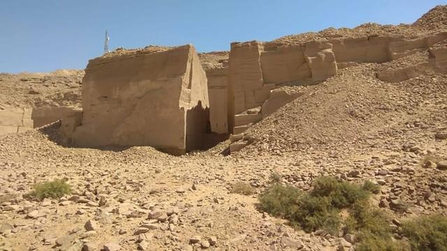 Phát hiện cảng cổ: Lật thêm tầng bí mật đền thờ Ai Cập - Ảnh 1.