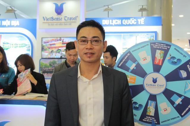 Du khách xếp hàng dài lựa chọn mua tour tại Hội chợ Du lịch Quốc tế Việt Nam – VITM 2019 - Ảnh 2.