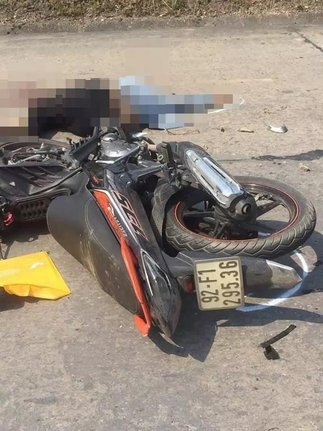 Xe máy va chạm xe công nông, một người tử vong - Ảnh 1.
