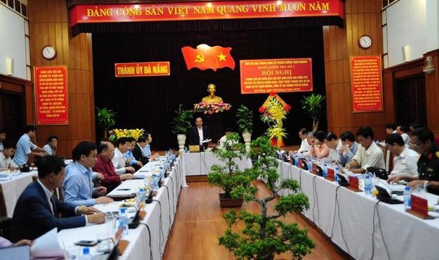 Phó Thủ tướng Trương Hòa Bình làm việc với Thường vụ Thành uỷ Đà Nẵng về công tác phòng chống tham nhũng - Ảnh 1.