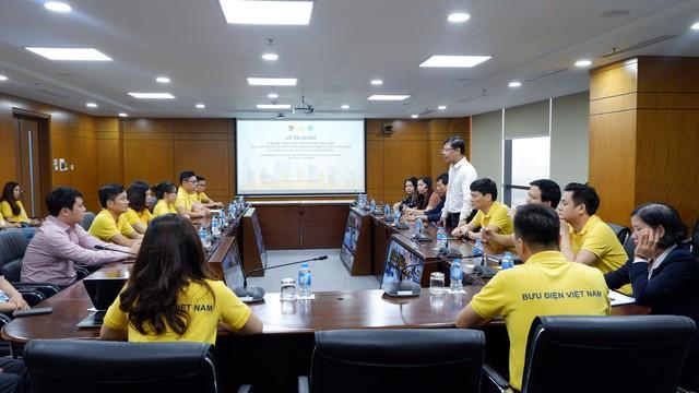 """Phát động ra quân chương trình """"Tuổi trẻ Bưu điện Việt Nam tích cực tuyên truyền chính sách BHXH tự nguyện vì An sinh xã hội, vì lợi ích của người dân""""  - Ảnh 1."""