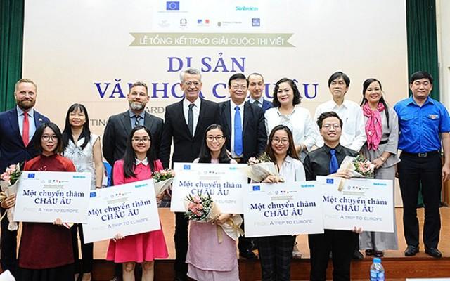5 bạn trẻ Việt Nam được vinh danh tại Cuộc thi viết Di sản văn hóa châu Âu - Ảnh 1.