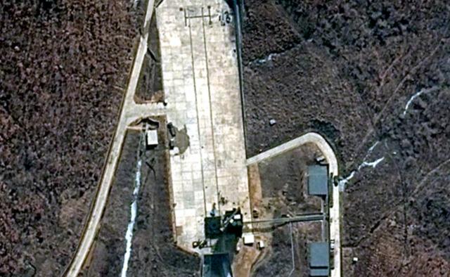 Hậu thượng đỉnh, thực hư Triều Tiên tái khôi phục khu phóng tên lửa đã giải giáp? - Ảnh 1.