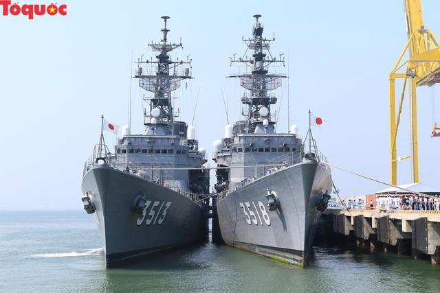 Hình ảnh hai tàu khu trục Nhật Bản cập cảng Tiên Sa - Đà Nẵng - Ảnh 1.