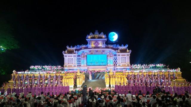 Festival Nghề truyền thống Huế 2019: Khẳng định và nâng tầm một thương hiệu - Ảnh 1.