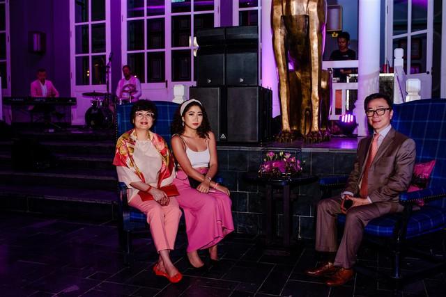 Cận cảnh bữa tiệc đầu tiên trong đại tiệc cưới của cặp tỷ phú Ấn Độ bên trong khu nghỉ dưỡng bên bãi Kem - Ảnh 10.