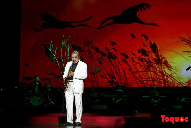 Ngập tràn cảm xúc trong đêm nhạc Em còn nhớ hay em đã quên  tưởng nhớ nhạc sĩ Trịnh Công Sơn - Ảnh 6.