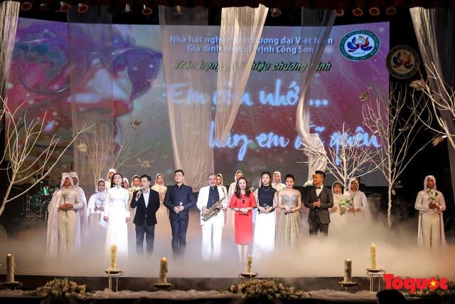 Ngập tràn cảm xúc trong đêm nhạc Em còn nhớ hay em đã quên  tưởng nhớ nhạc sĩ Trịnh Công Sơn - Ảnh 13.