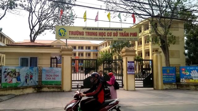Vụ thầy giáo bị tố dâm ô bảy nam sinh ở Hà Nội: Thầy giáo có chuyên môn rất giỏi, được đồng nghiệp rất tin yêu - Ảnh 2.