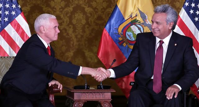 Hé lộ lý do thực sự Tổng thống Ecuador giao Julian Assange cho Anh? - Ảnh 1.