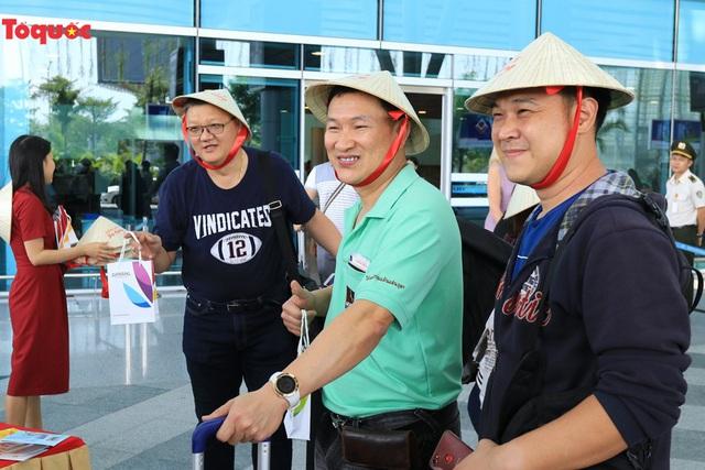 Đà Nẵng chào đón chuyến bay AirAsia đầu tiên từ Chiang Mai - Ảnh 3.