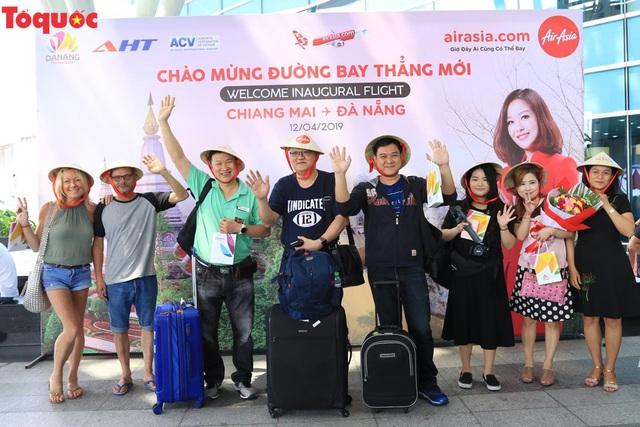 Đà Nẵng chào đón chuyến bay AirAsia đầu tiên từ Chiang Mai - Ảnh 4.
