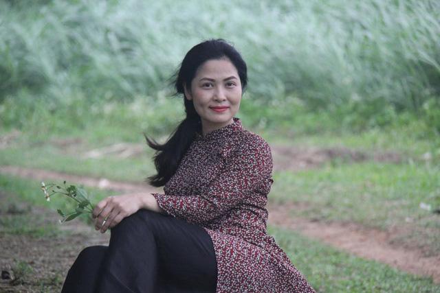 Nhan sắc xinh đẹp của vợ NSƯT Trung Anh - Ảnh 4.